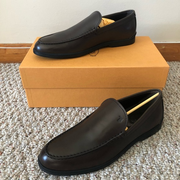 Tods Mens Brown Leather Loafers
